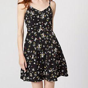 Le Chateau Petites Fleurs Summer Dress